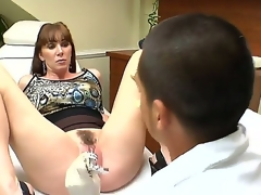 Ray Veness likes having her doc finger fucking her muff before hardcore fucking