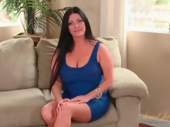 Curvy milf Sammy Brooks in a taut blue costume