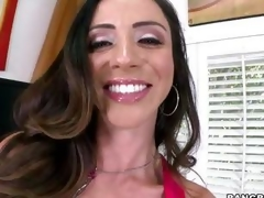 Smokin' hawt Ariella Ferrera warms her slit up by having an agonorgasmos in advance of the sh