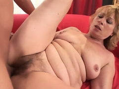 Naughty hoochie mommy acquires her elderly vagina filled with spunk
