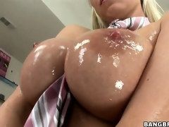 Sweet, oiled up love bubbles and soaked love tunnel make this Hungarian ultra horny