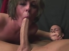 Milf Isabel Ice deepthroats a lengthy cock