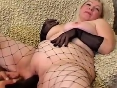 Grown up blonde Cynthia sucks a cock and lets the guy plaything her meaty cookie
